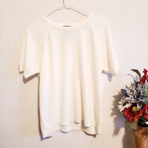 Short Sleeve White Soft Sweater Shirt Large